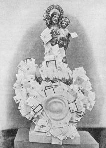 Imagen de San José que representa la devoción de las cartas